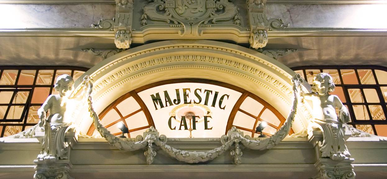 Where is the Majestic Café